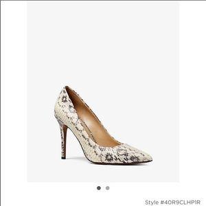 🆕 Michael Kors snakeskin heels